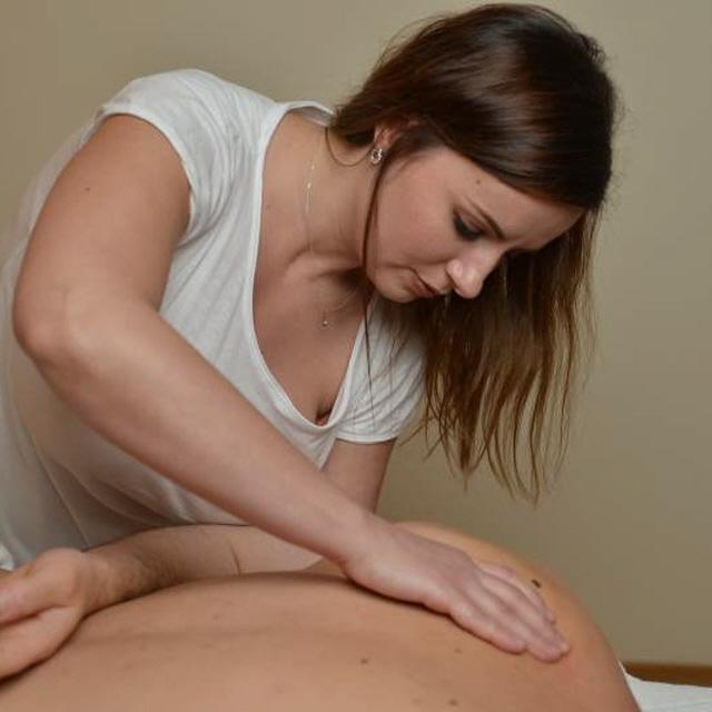 Body to body massage in frankfurt